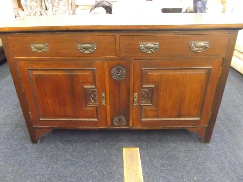 dark wood sideboard 08 015995 01 newport sold wightbay