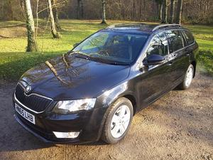 Octavia Estate - £30 Tax & only 300 Miles!