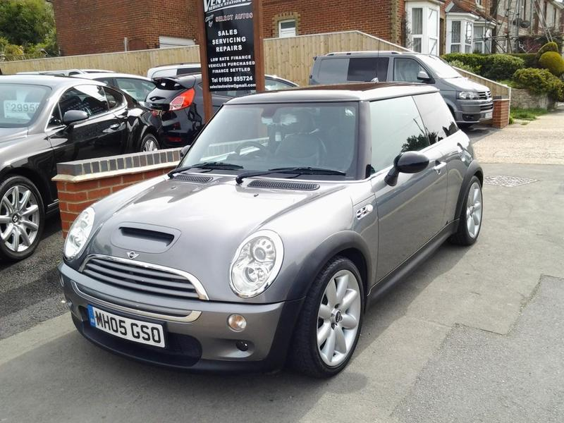 2005 mini 1 6 cooper s chilli hatch in ventnor wightbay. Black Bedroom Furniture Sets. Home Design Ideas