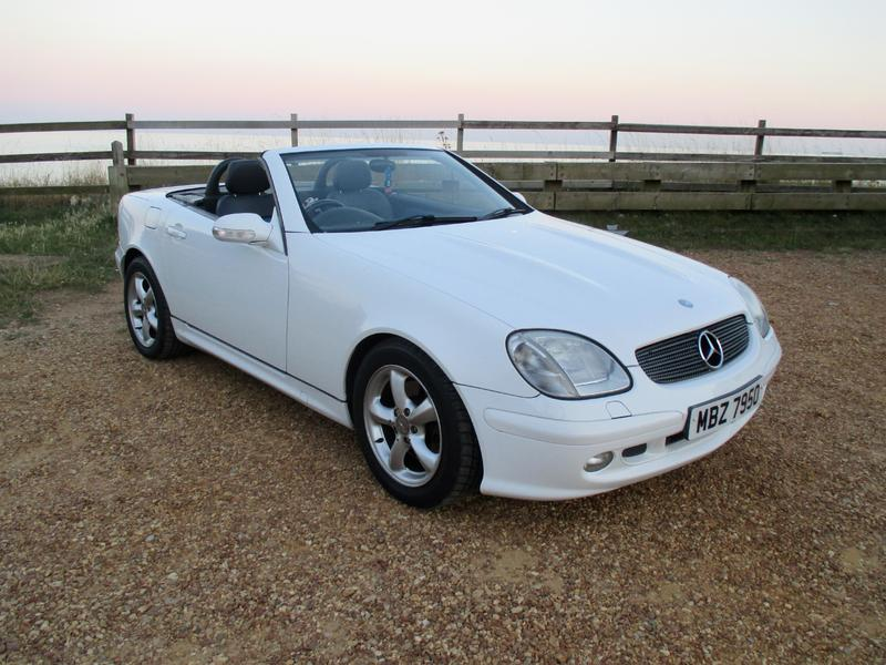 2001 mercedes slk 320 convertible in ventnor wightbay. Black Bedroom Furniture Sets. Home Design Ideas