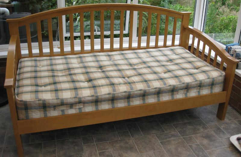 joseph maple wooden day bed mattress newport sold