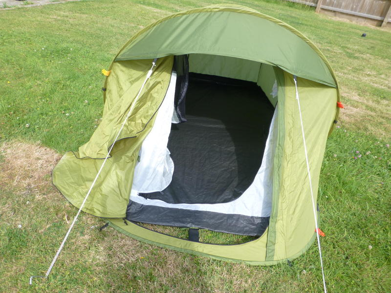 Quechua 2 Seconds Easy 1 man Double skin Pop Up Tent - Ryde - Sold | Wightbay & Quechua 2 Seconds Easy 1 man Double skin Pop Up Tent - Ryde - Sold ...