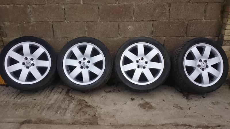 range rover p38 alloy wheels with tyres in newport sold wightbay. Black Bedroom Furniture Sets. Home Design Ideas