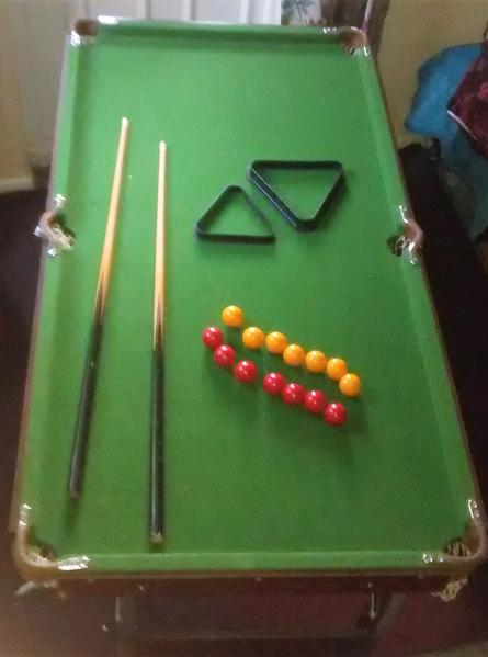 Leisure Bay Pool Table Parts CHILDRENS POOL/SNOOKER TABLE - Shanklin | Wightbay