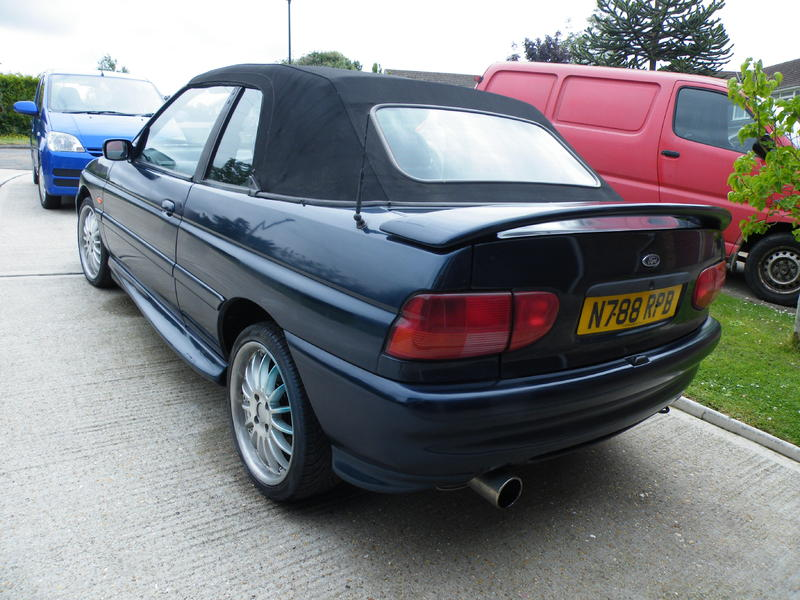 Will not 1995 ford escort throws belt think, that