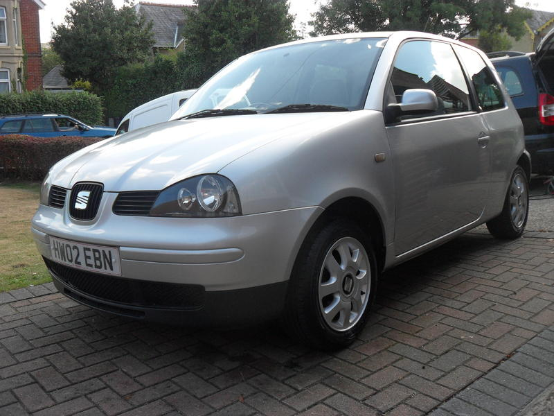 seat arosa 2002 automatic in cowes sold wightbay. Black Bedroom Furniture Sets. Home Design Ideas