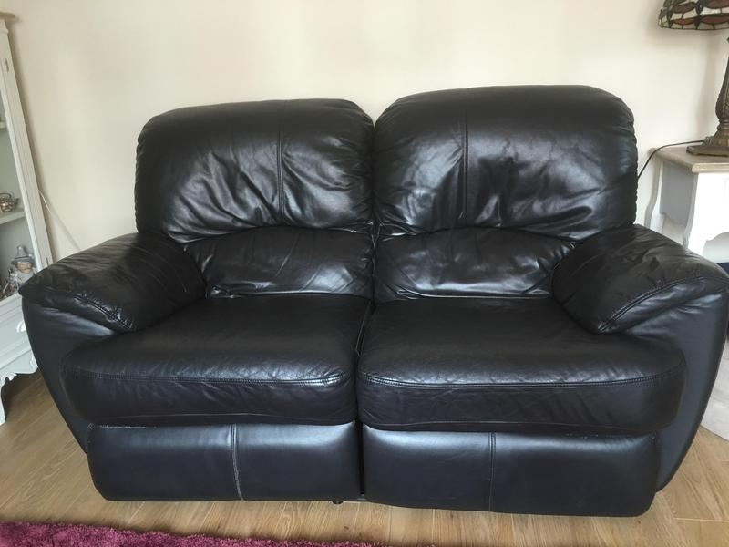 Lazy boy black leather sofas newport wightbay Leather lazy boy sofa