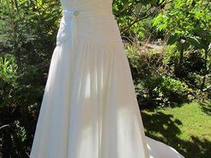 Wedding Dress Alfred Sung Size 10 In Ventnor