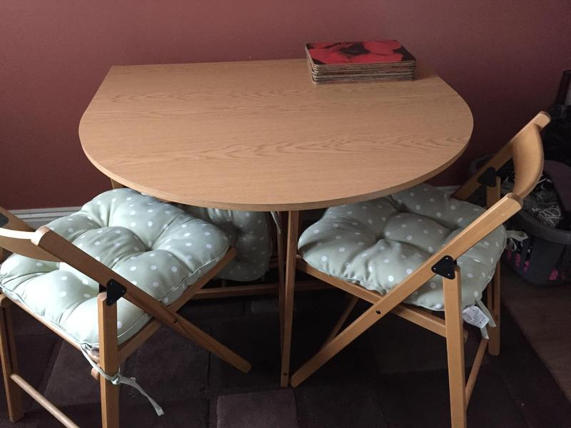Fold away table and 4 chairs newport sold wightbay - Fold away table and chairs ...