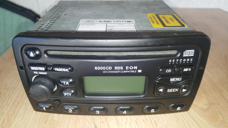 ford 6000 cd radio stereo player in sandown wightbay. Black Bedroom Furniture Sets. Home Design Ideas
