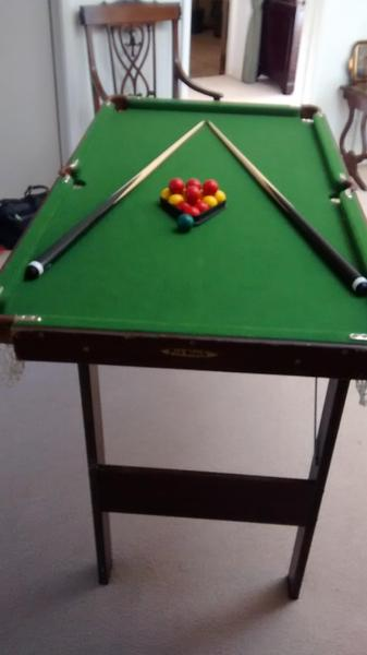 Leisure Bay Pool Table Parts In good condition - 4ft 6ins long x 2ft 6ins wide x 2ft 8ins high.