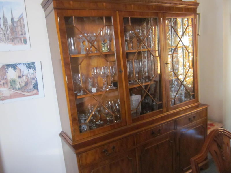 dining room dresser in ryde expired wightbay