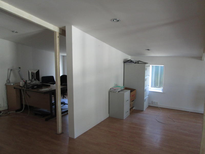 Office workshop studio storage space for rent in wootton wightbay ryde - Small storage spaces for rent model ...