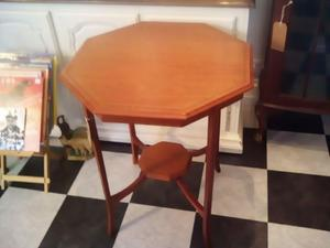 Vintage occasional table  in East Cowes