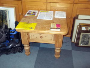Coffee table £35 in Cowes