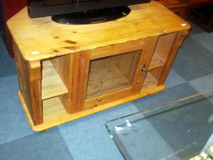 Pine TV unit £35 in Cowes