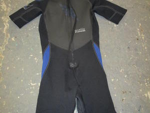 adults wetsuit  in Bembridge