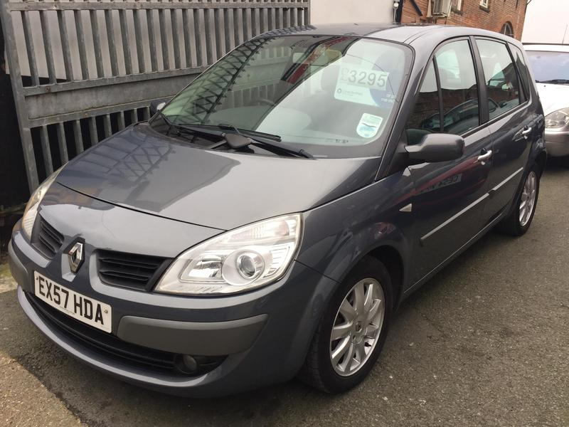 2007 renault megane scenic auto1 6 vvt dynamique 5dr in newport wightbay. Black Bedroom Furniture Sets. Home Design Ideas