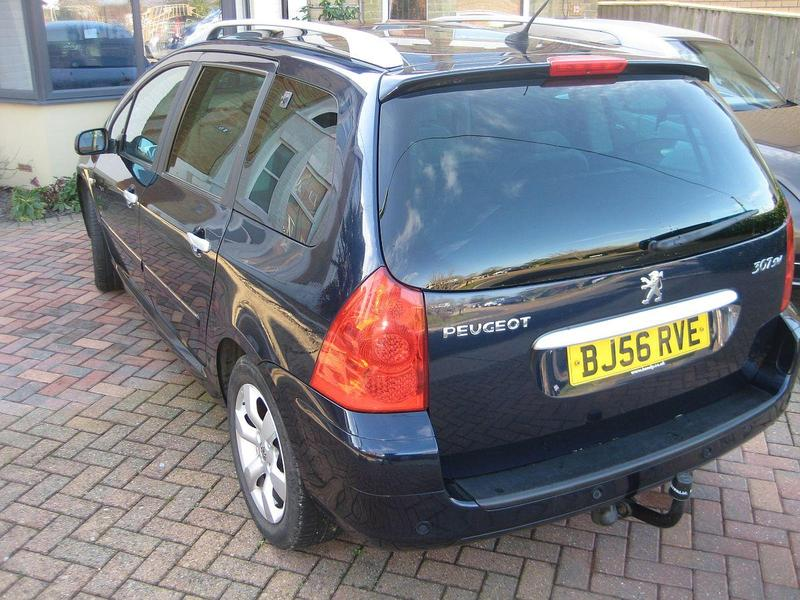 peugeot 307 estate sw 1 6 hdi 110 se 2006 in cowes wightbay. Black Bedroom Furniture Sets. Home Design Ideas