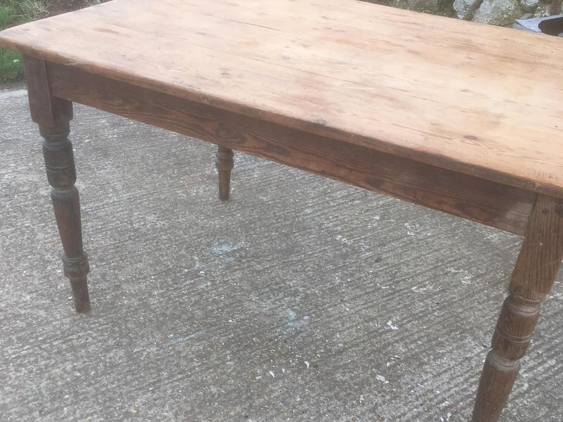 Antique farmhouse dining table vgc Sandown