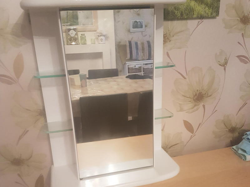 hi i am selling a large white bathroom cabinet used good condition