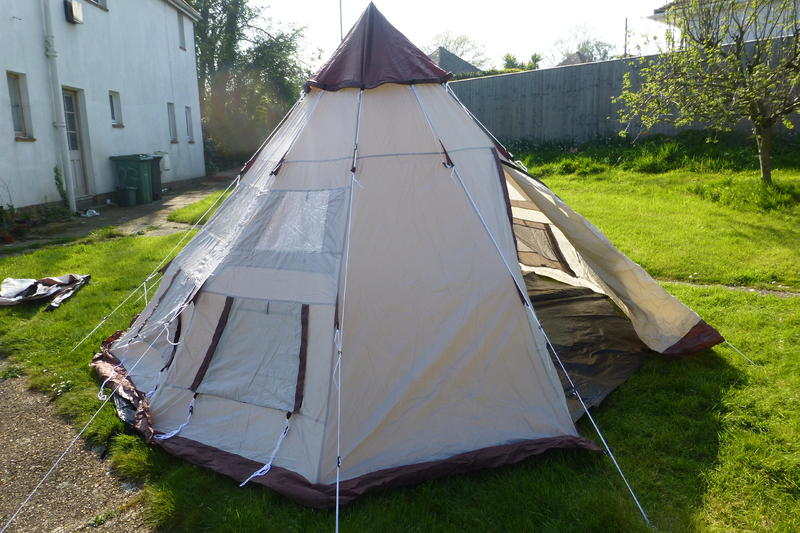 & Pro Action 4 man teepee tent - Ryde - Sold | Wightbay