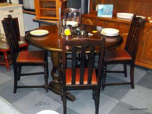 Dining table & 4 chairs £95 in Cowes