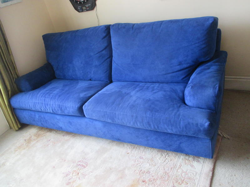 Beautiful Quality 4-seater Italian Sofa-bed, Lovely Mid-blue Suede Effect
