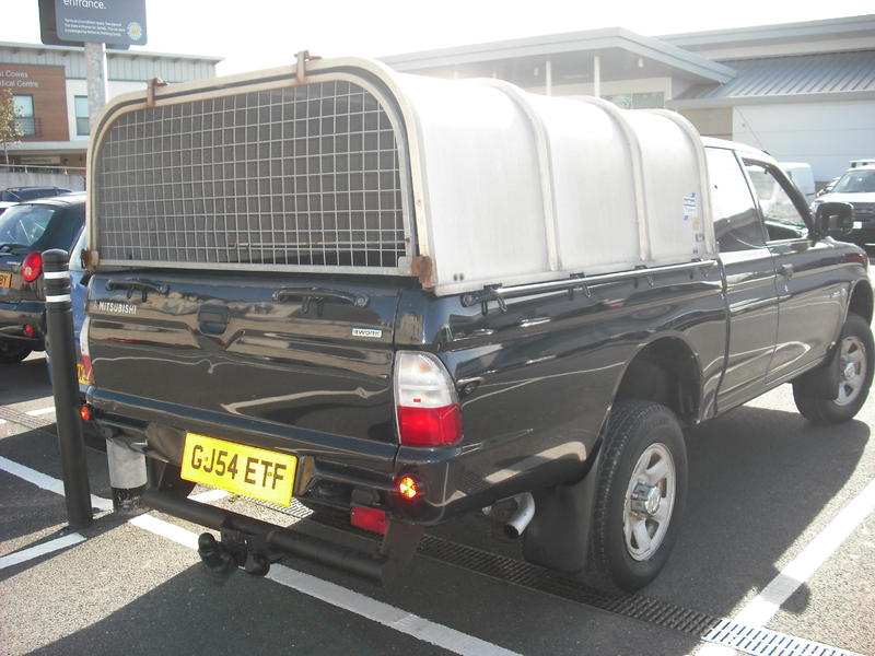 Mitsubishi L200 Club King Extra cab Ifor Williams Canopy in East Cowes & Mitsubishi L200 Club King Extra cab Ifor Williams Canopy in East ...